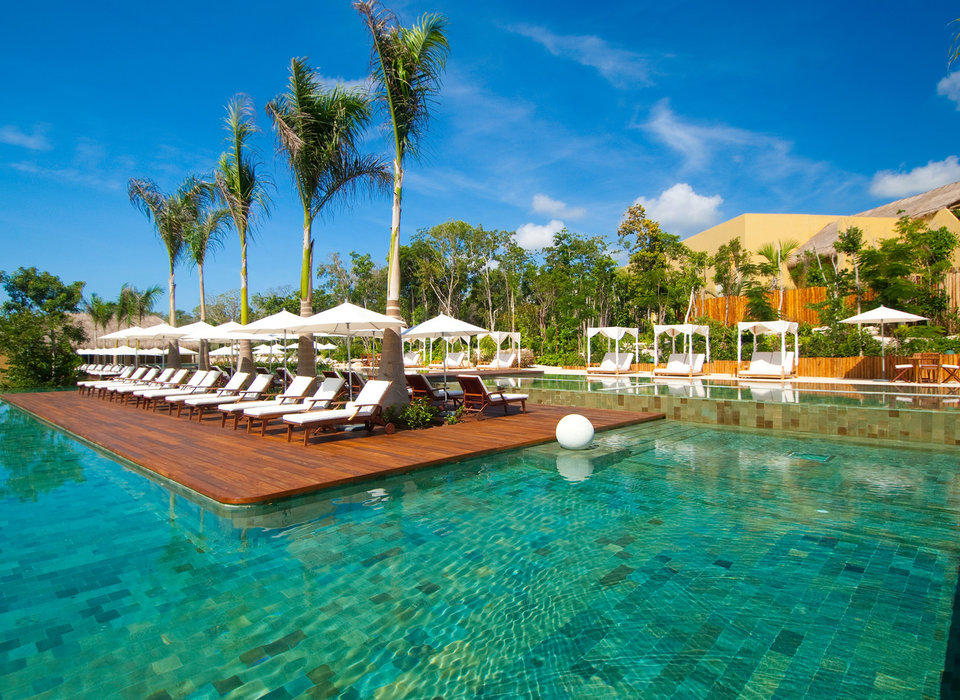 all-inclusive-resorts-beach-beachfront-elegant