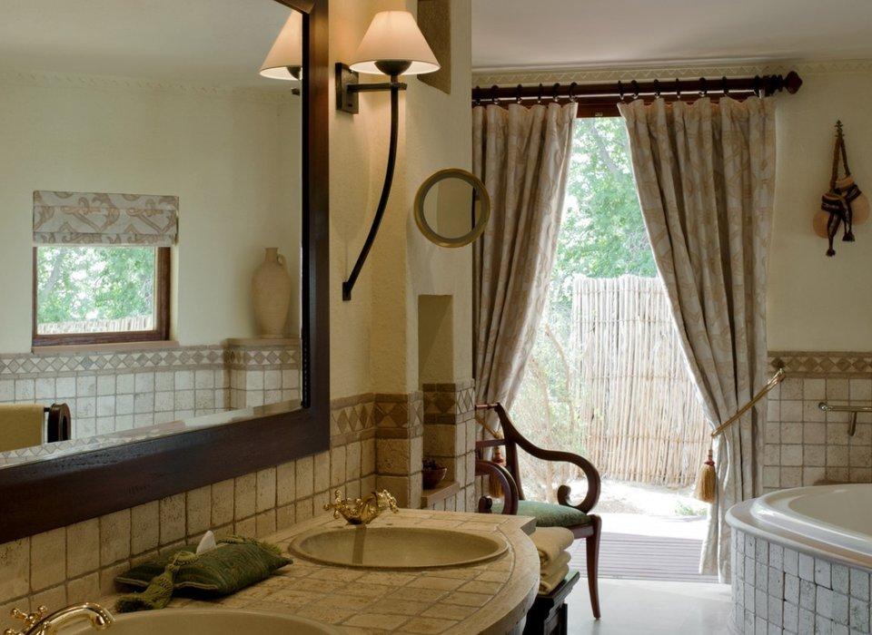 bath-dubai-hotels-luxury-travel