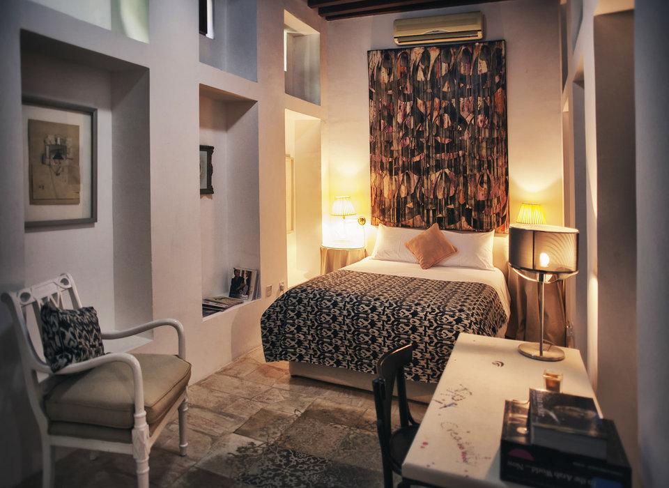 bedroom-dubai-hotels-luxury-travel