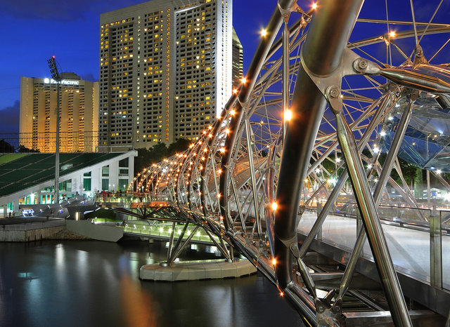 city-offbeat-river-singapore