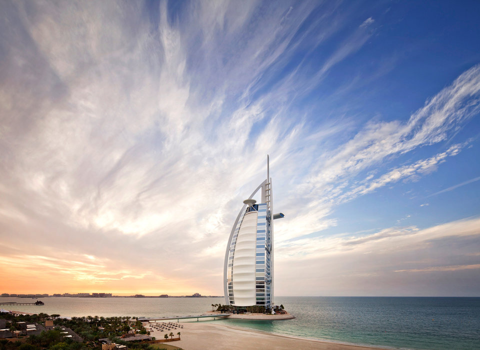 coast-dubai-hotels-luxury-travel